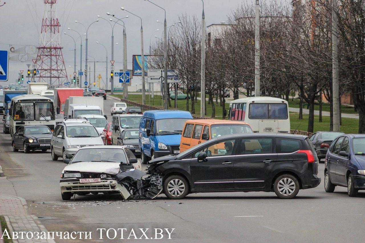авария с участием peugeot 605