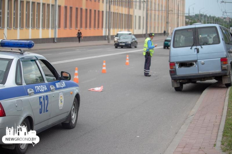 Авария, наезд на пешехода возле табачной фабрики в Гродно